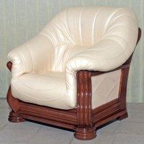 Кожаное кресло Монарх увеличенное
