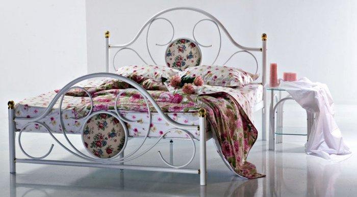 Двуспальная кровать 100Д12