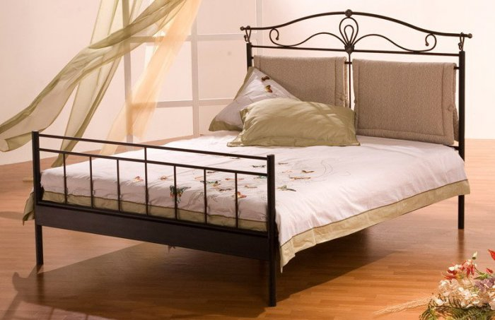 Двуспальная кровать BelLetti 100Д08