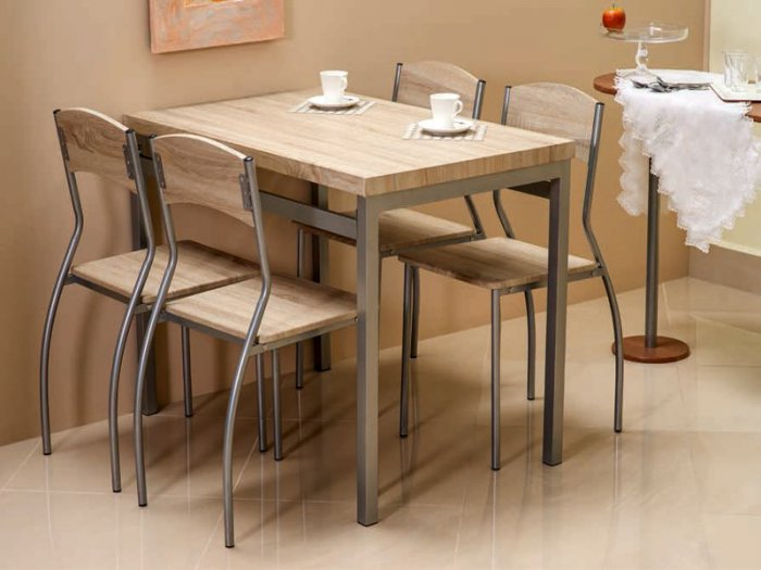 Обеденный стол Astro