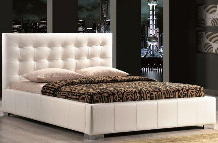 Двуспальная кровать Calama