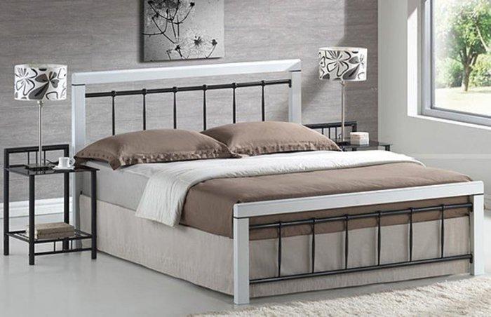 Двуспальная кровать Berlin