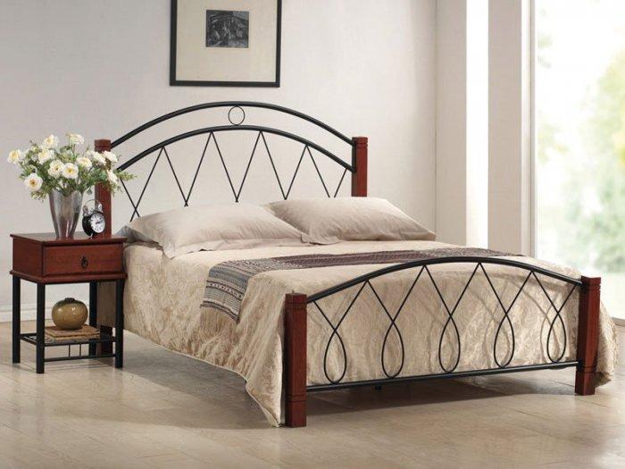 Двуспальная кровать Capri