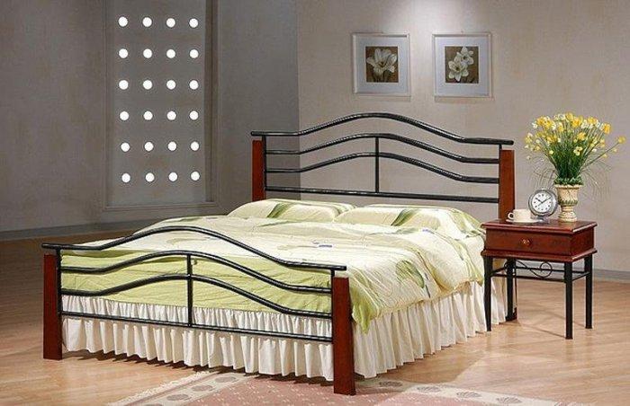 Двуспальная кровать Pasadena