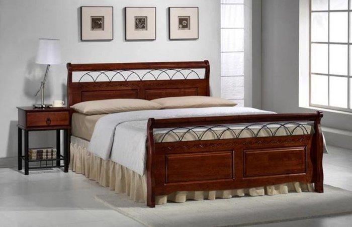 Двуспальная кровать Verona