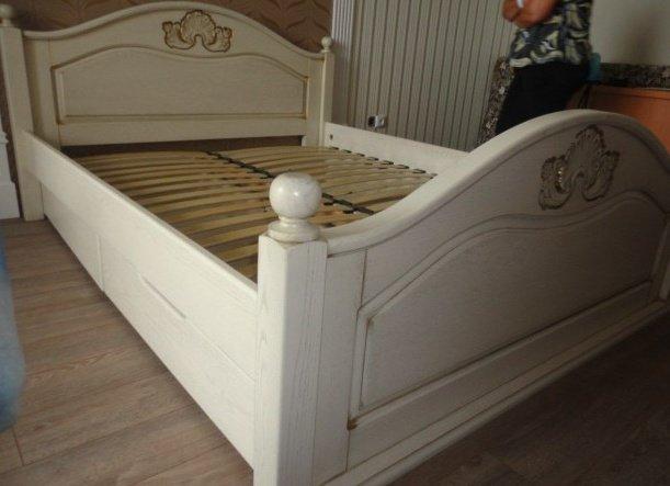 Дубовая кровать Афродита 180*200