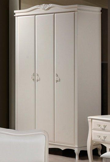 Шкаф 3-х дверный Богемия